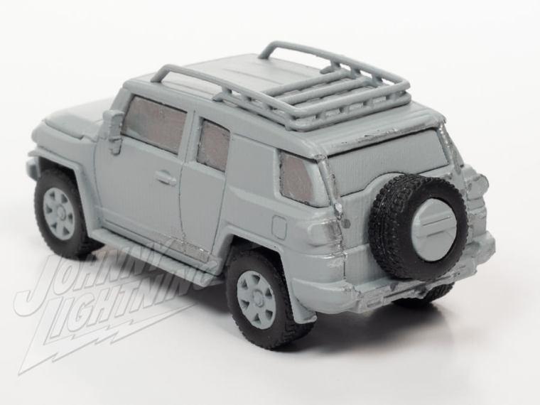 Johnny-Lightning-2006-2014-Toyota-FJ-Cruiser-002