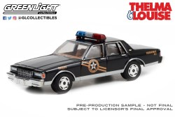 GreenLight-Collectibles-Hollywood-Special-Edition-Thelma-et-Louise-1981-Chevrolet-Caprice-Classic