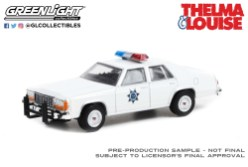 GreenLight-Collectibles-Hollywood-Special-Edition-Thelma-et-Louise-1983-Ford-LTD-Corwn-Victoria