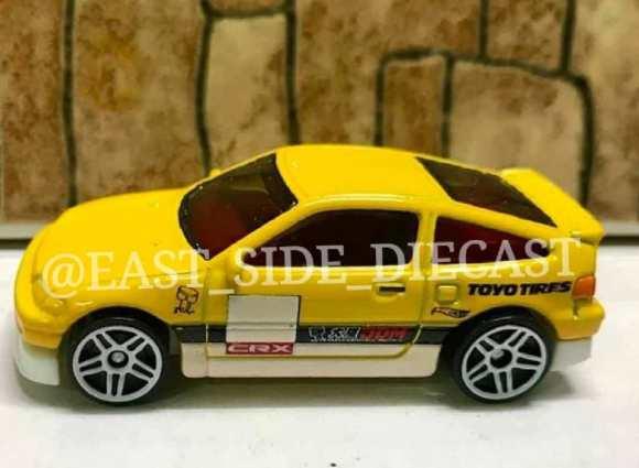 Hot-Wheels-2022-88-Honda-CR-X