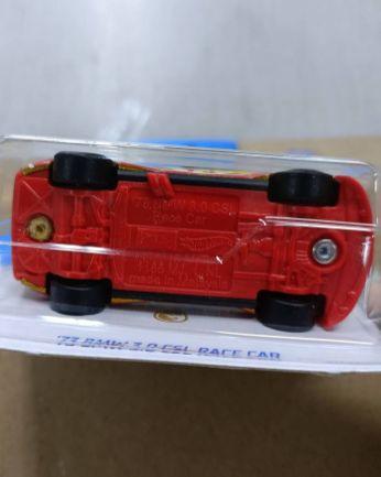Hot-Wheels-2022-Super-Treasure-Hunt-BMW-3-CSL-Race-Car-006