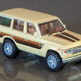 Hot-Wheels-Car-Culture-Toyota-Toyota-Landcruiser-FJ60-014