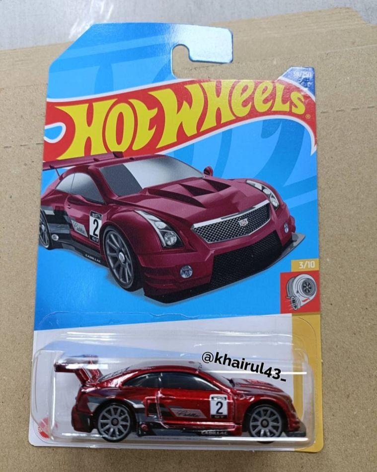 Hot-Wheels-Mainline-2022-16-Cadillac-ATS-V-R-001