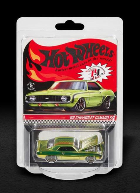 Hot-Wheels-Red-Line-Club-2021-69-Chevrolet-Camaro-SS-001
