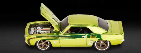 Hot-Wheels-Red-Line-Club-2021-69-Chevrolet-Camaro-SS-002