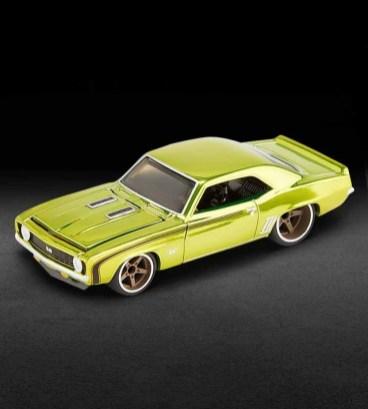 Hot-Wheels-Red-Line-Club-2021-69-Chevrolet-Camaro-SS-007
