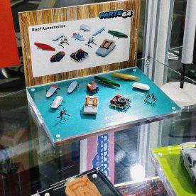Tarmac-Works-Hong-Kong-Toycar-Salon-Accessoires