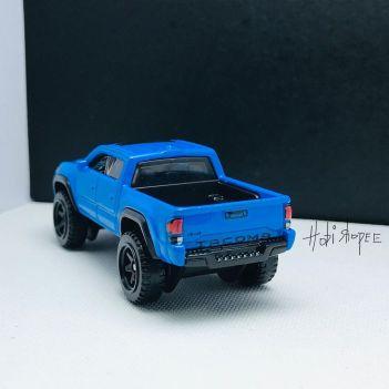 Hot-Wheels-2022-2020-Toyota-Tacoma-002