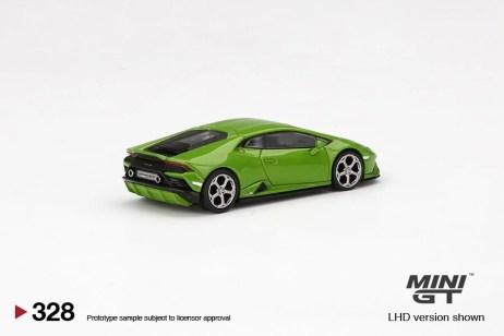 Mini-GT-Lamborghini-Huracan-EVO-Verde-Mantis-2