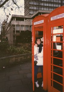 RS36199_FYHP_PhoneBooth