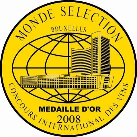 Monde selection 2008 or fond doré