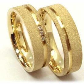 Par de Alianças Reta Diamantada 3 Brilhantes Ouro 18k