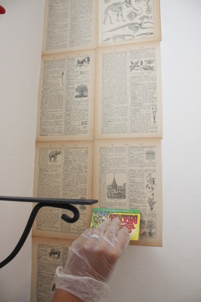 how-to-DIY-wallpaper-from-an-old-book-house-nerd-interiors-blog