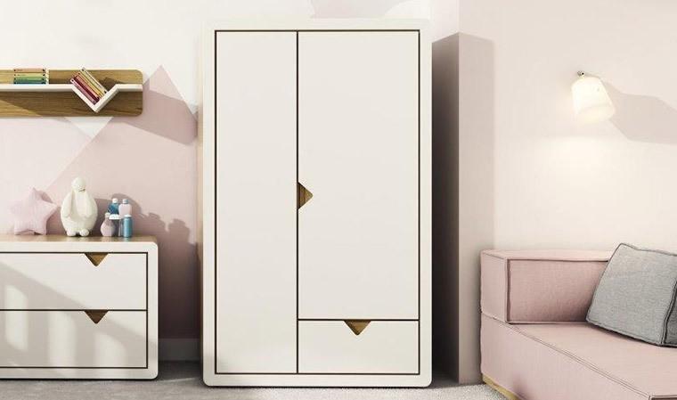 Armoire Design Pour Chambre Bb Et Enfant Avec Penderie