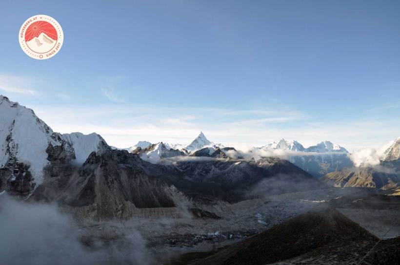 die Ama Dablam und der Khumbu Gletscher