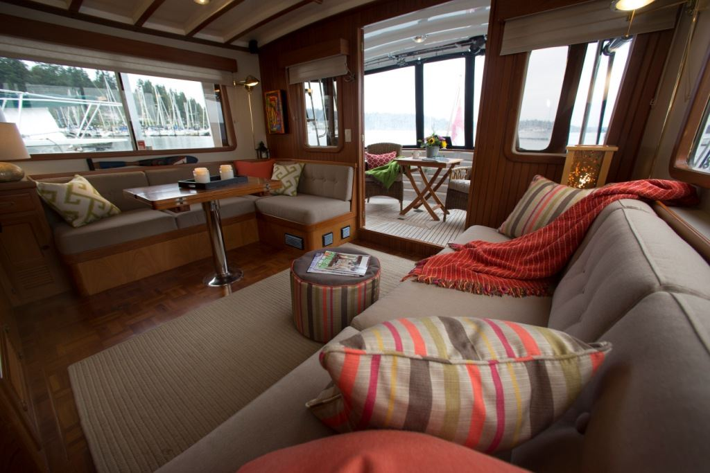 Designing A Brand New Boat Interiors are important   Houseboat Magazine