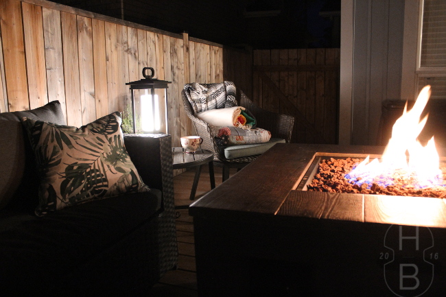 Outdoor fireplace | Tips for Outdoor Entertaining | House by the Bay Design