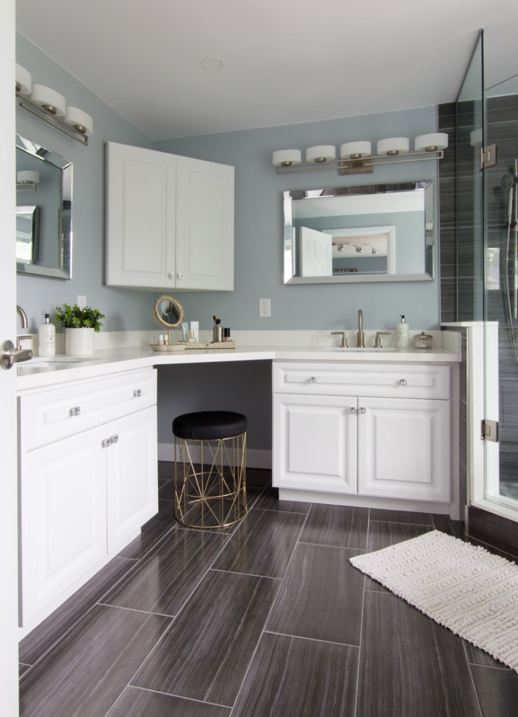 Bathroom double L-shaped vanity