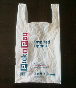 1-plastic-shopping-bag-storage