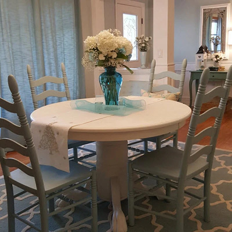 Farmhouse Style Table and Chairs Makeover in Cotton White and Robin's Egg Blue - Housekaboodle