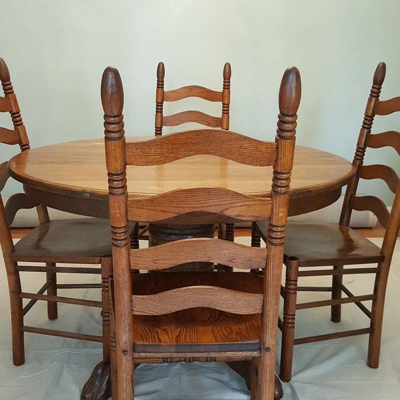 Farmhouse style table and chairs before - Housekaboodle.com