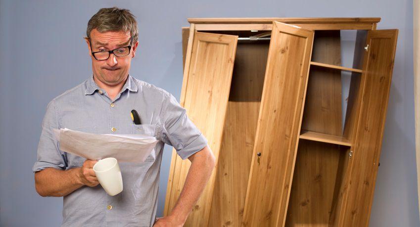 Come montare i mobili IKEA: guida semiseria