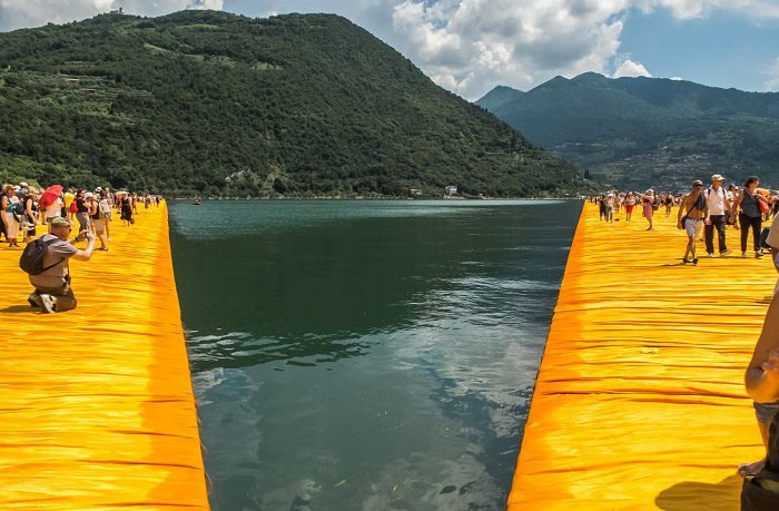 the floating piers emanuele di donna 2