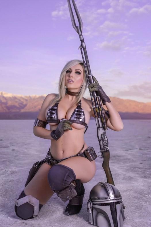 Sexy mandalorian cosplay by Jessica Nigri
