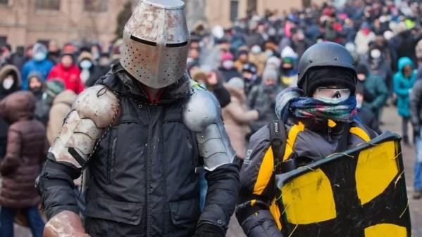 DIY riot helmets in Kiev