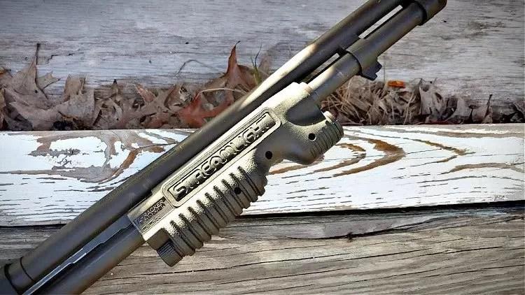 Streamlight TL Racker shotgun light