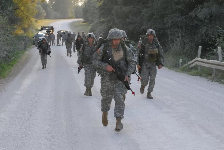 Soldiers in UCP camo