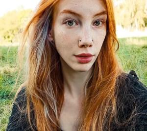 """petite redhead """"Leila Lunatic"""""""
