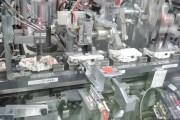分電盤生産の様子