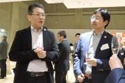 瀬戸社長(左)と金澤祐悟執行役専務
