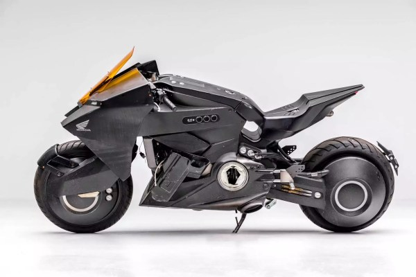 futuristic Honda motorcycle from Ghost in the Shell.
