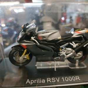 MODELLINO APRILIA RSV 1000R
