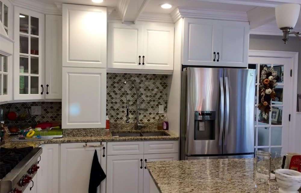 How to Paint Kitchen Cabinets In 7 Easy Steps