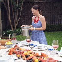 How to Host a Summer Clam Bake