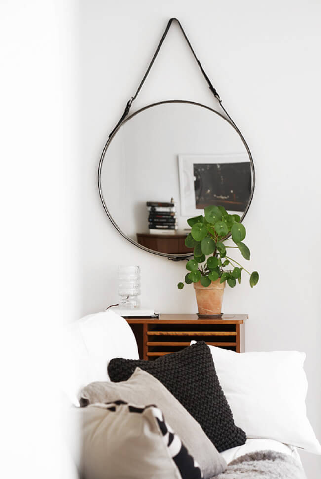 micro trend round mirrors house of hawkeshouse of hawkes. Black Bedroom Furniture Sets. Home Design Ideas
