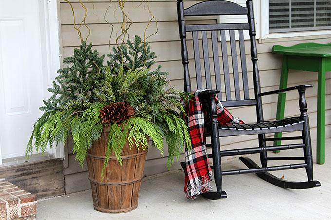 Winter-Porch-Pots-Tutorial-6018.jpg