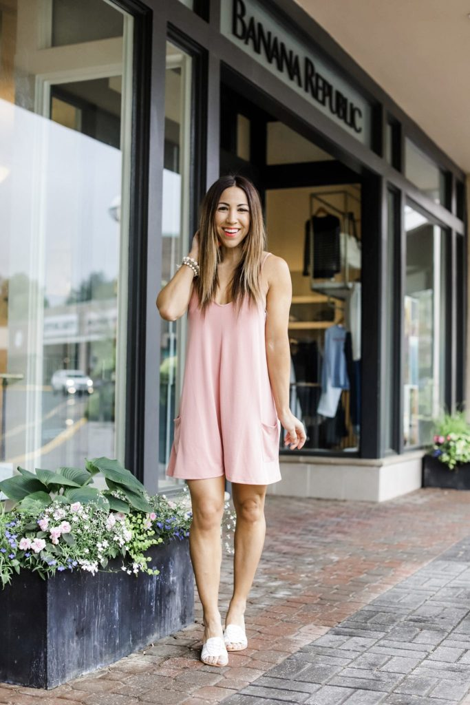 Easy Spring and Summer Outfits From Red Dress Boutique by top US fashion blog, House of Leo Blog: image of woman wearing a mauve pink romper
