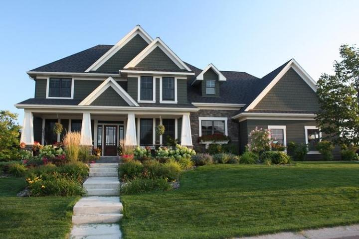 Craftsman Plan  3 313 Square Feet  4 Bedrooms  3 5 Bathrooms   098 00196 photo