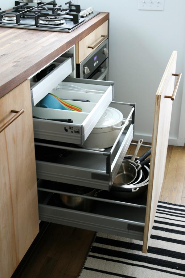 space saving kitchen 1