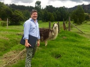 jonathan-fischer-llama