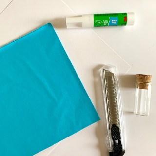 turquoise blauw om het mooiste zelfgemaakte honingraatpapier DIY mee te maken