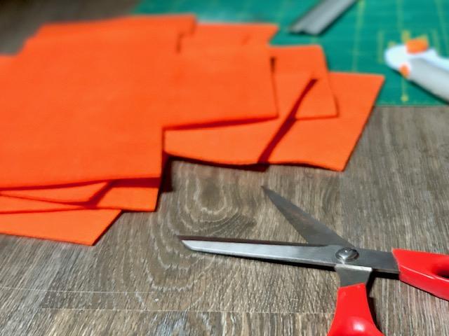 nieuwe kleur vilt in de shop: vilten manden ook in de maak