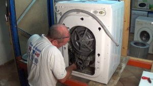 samsung washing machine  Remove the wiring from the motor and earth wires (640x360)