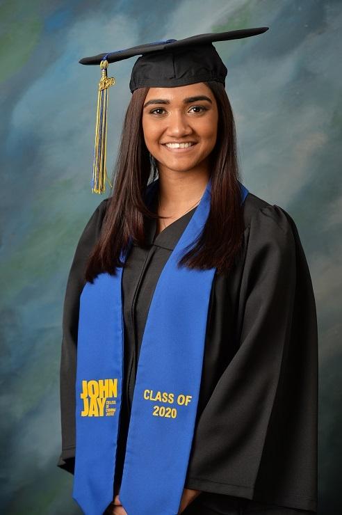 graduation photographer in queens