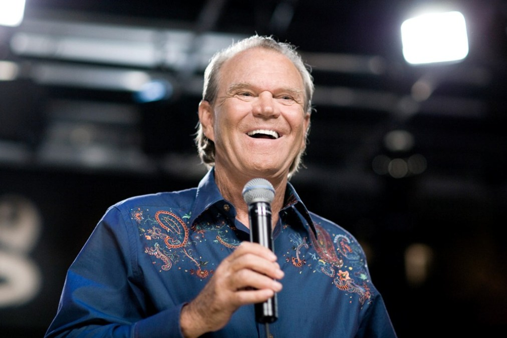 """""""Music is the last thing to go"""" for Glen Campbell"""