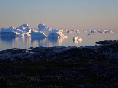 Spatterings of icebergs